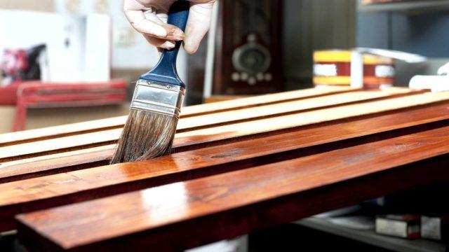 Masih Bingung Dengan Perbedaan Pernis Dan Plitur - plitur kayu