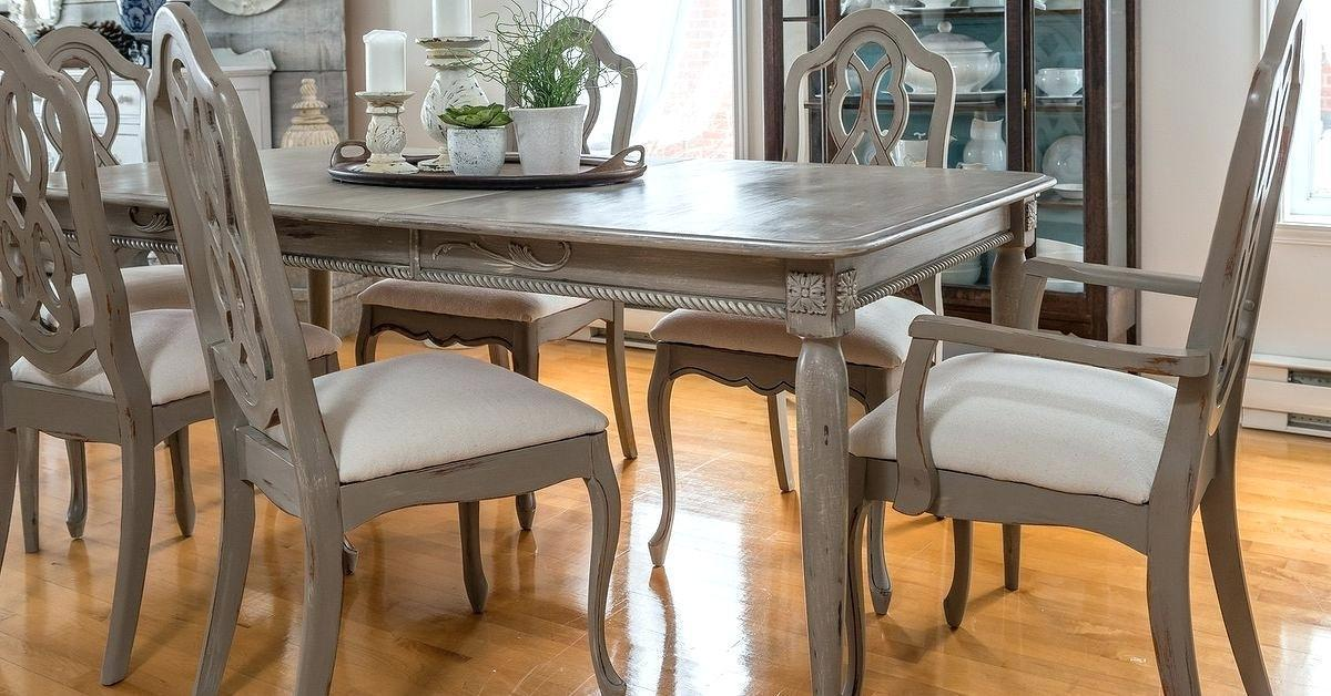 Chalk Paint Pada Set Dining Table