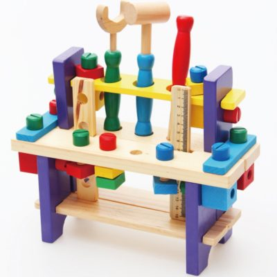 cat mainan kayu yang bagus